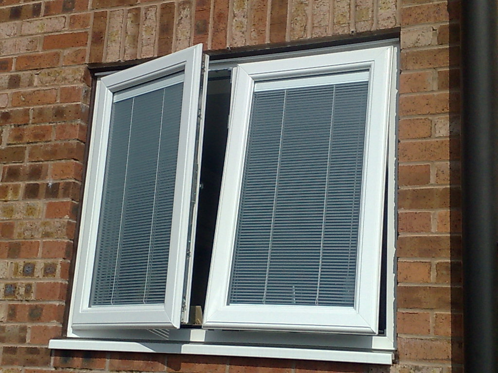 Uni blinds b p windows for Double glazed window units