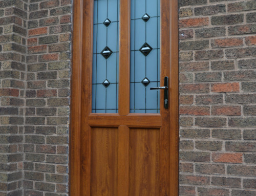 Light oak Engineered door with fusion glass design